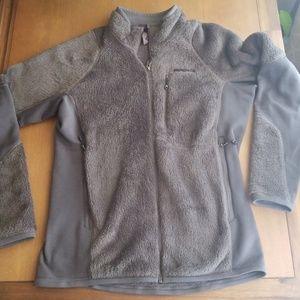 Patagonia men's grey R2 regulator fleece jacket S
